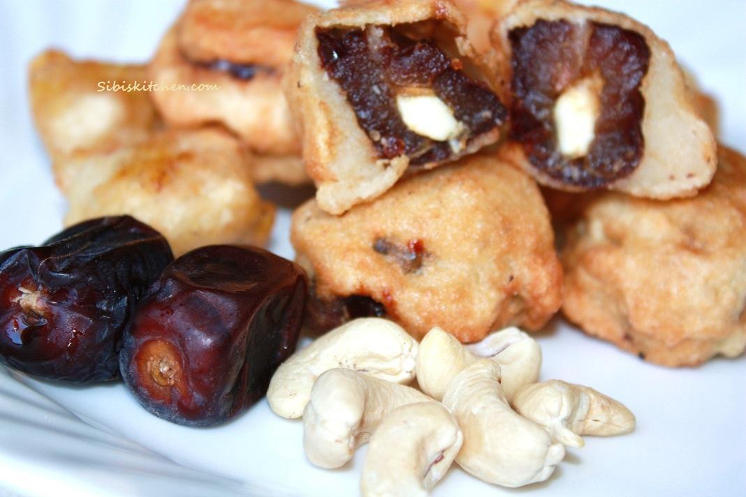 Stuffed Date Fritters/ Eenthapazham Nirachu Porichathu