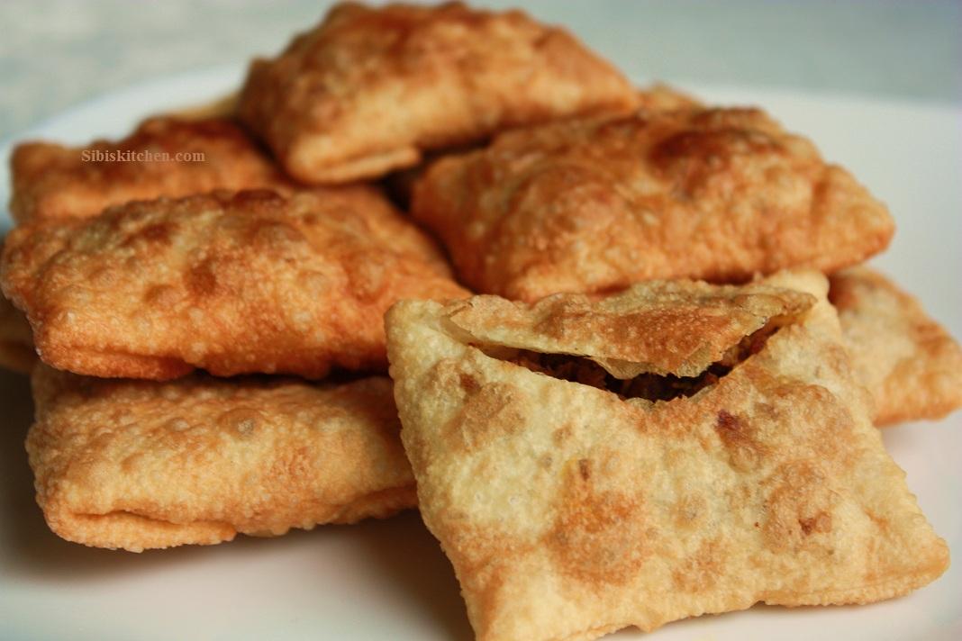 Erachi Pathil/ Erachi Pathiri/ Meat Envelopes